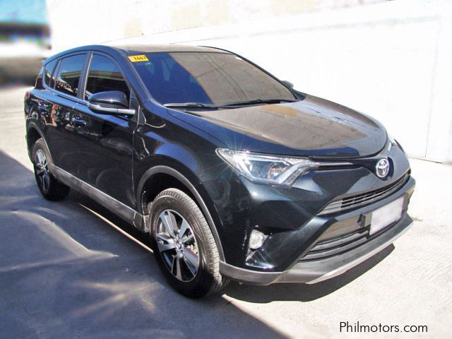 Pre-owned Toyota Rav4 for sale in Cebu