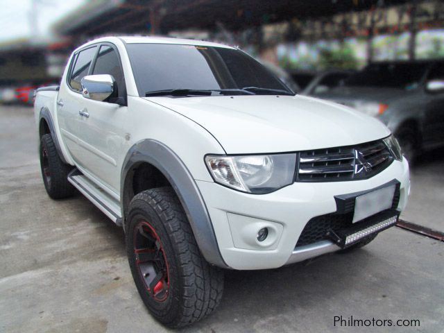 Pre-owned Mitsubishi Strada for sale in Cebu