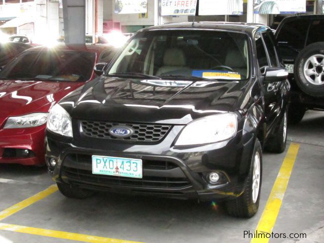 Used Ford Escape XLT for sale in Pasig City