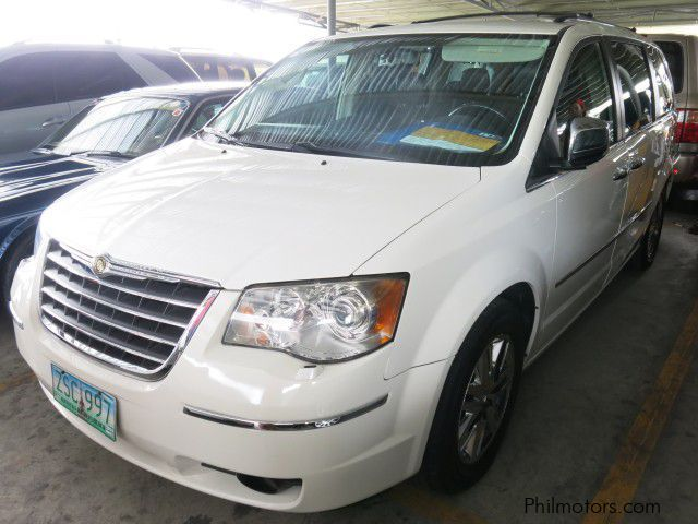 Used Chrysler Town & Country for sale in Muntinlupa City