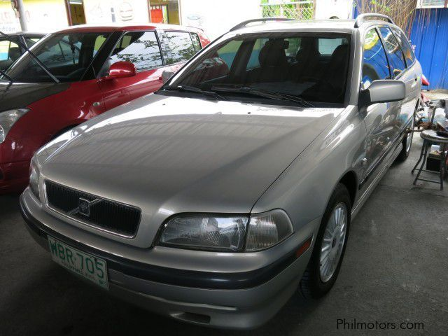 Used Volvo V40 for sale in Pasay City