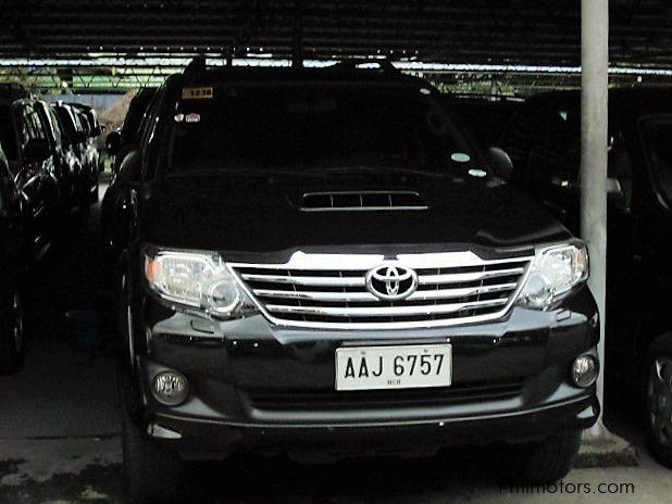 Used Toyota Fortuner V in Pasay City