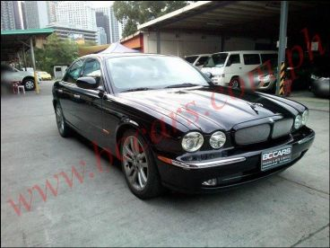 Pre-owned Jaguar xj8 for sale in