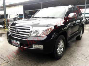 Pre-owned Toyota landcruiser 200 for sale in