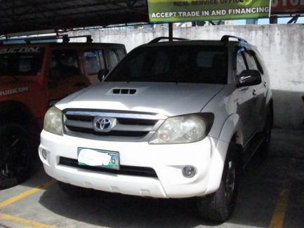 Used Toyota Fortuner V 4x4 for sale in Pasig City