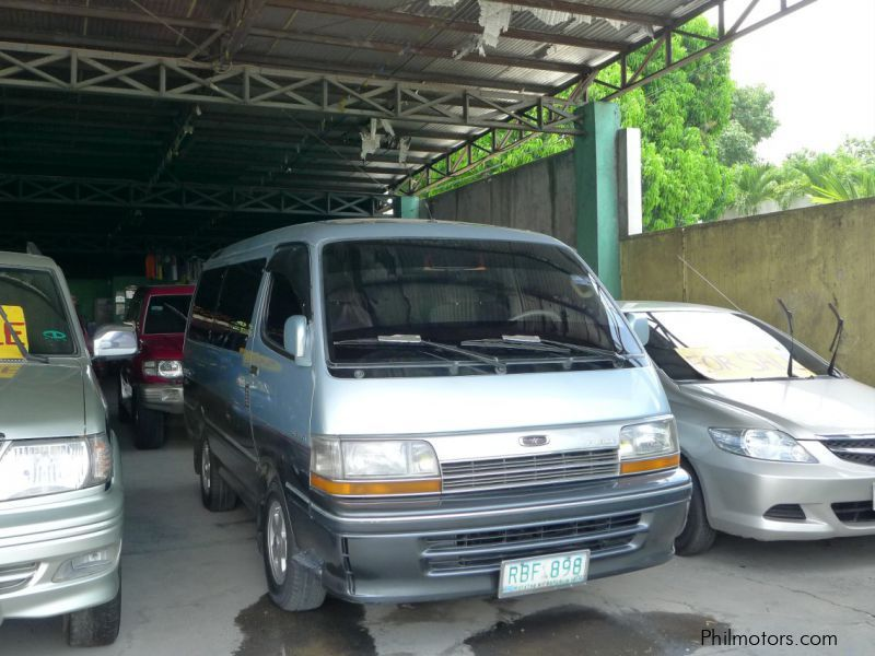 Used Toyota Hi-Ace for sale in Pampanga