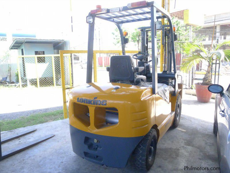 New Lonking Forklift LG25DT for sale in Cebu