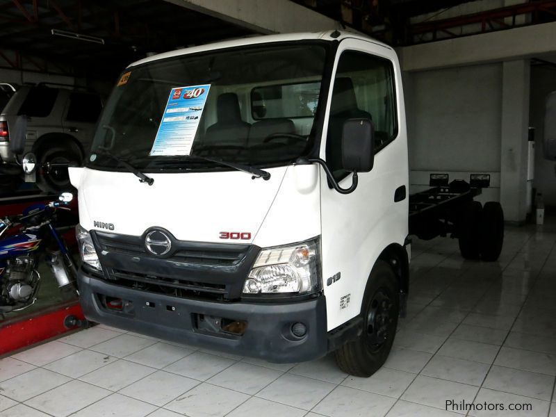 New Hino 300 6-Wheeler for sale in Leyte