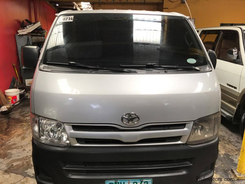 Used Toyota Hiace  commuter for sale in Quezon City