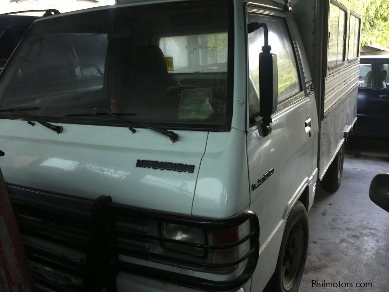 Used Mitsubishi L300 Closed Van for sale