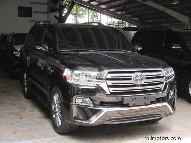 New Toyota Land cruiser for sale in Quezon City