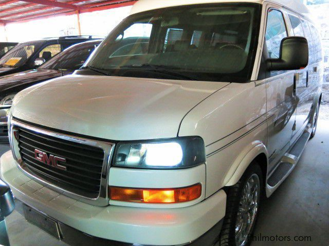 Used GMC Savana Explorer for sale in Pasig City