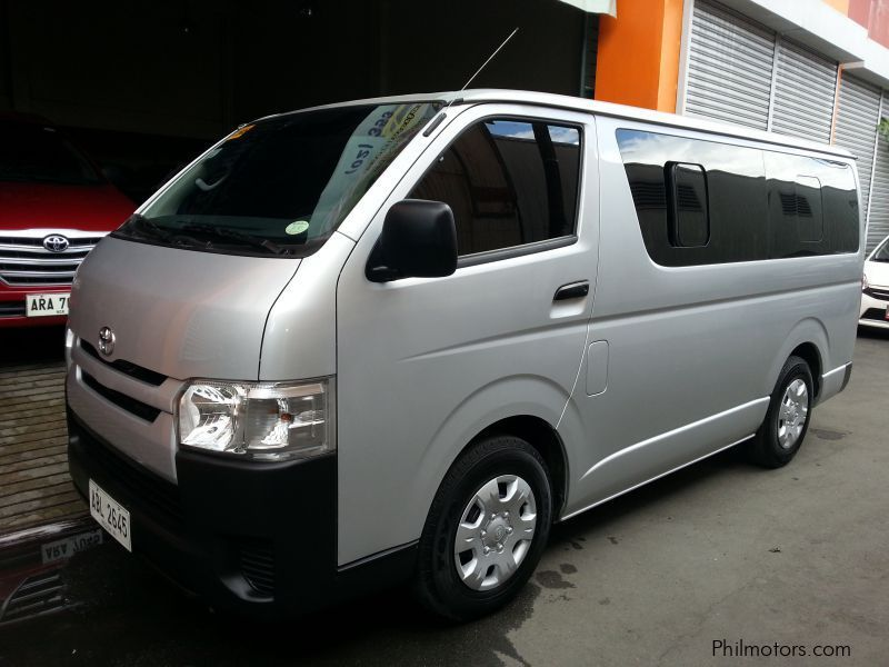 Used Toyota Toyota HIACE Commuter 2.5 manual diesel 2015 for sale in Manila