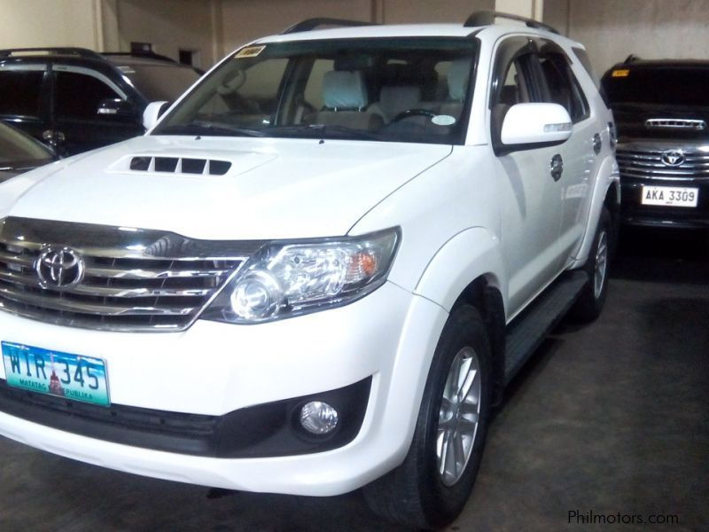Used Toyota Toyota Fortuner 2.5 G 4x2 automatic diesel 2014 for sale in Manila