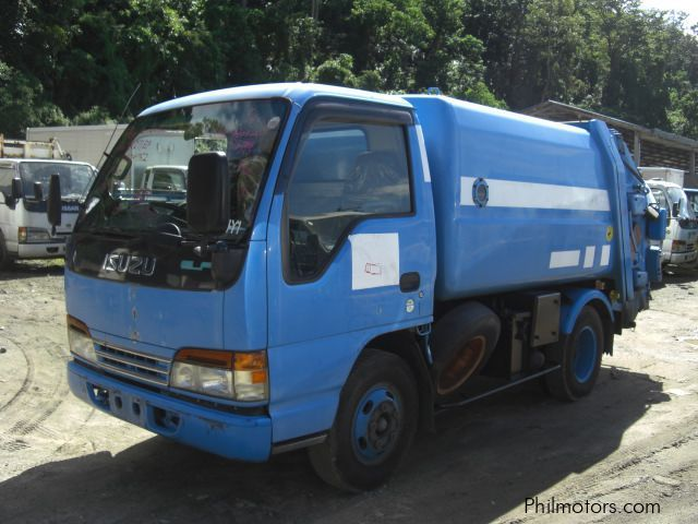 Used Isuzu garbage compactor for sale in Quezon City