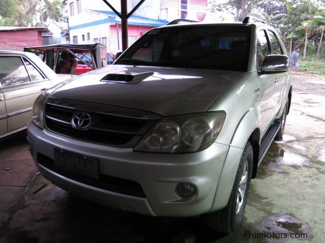 Used Toyota Fortuner V for sale in Batangas