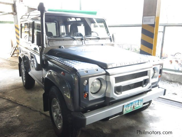 Used Land Rover Defender 90 for sale in Makati City