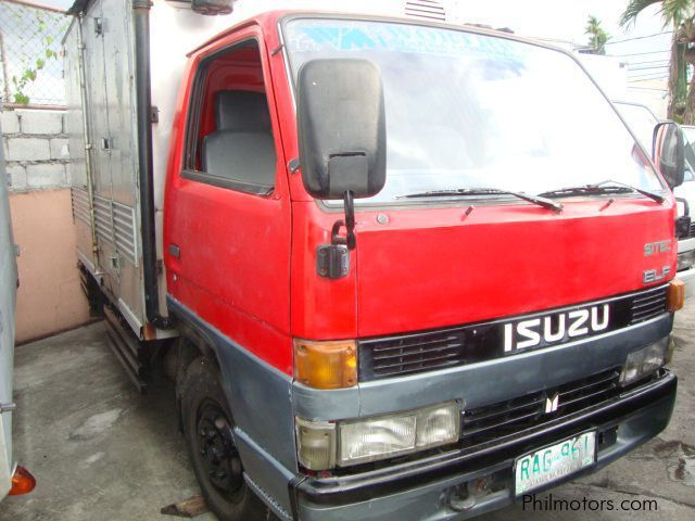 Used Isuzu ALUMINUM CLOSEVAN for sale in Las Pinas City