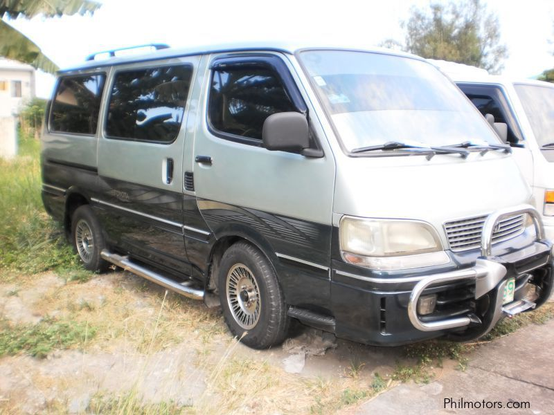 Pre-owned Toyota VAN for sale in Las Pinas City