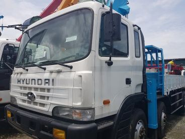 Pre-owned Isuzu Boom Truck 15 Tons Crane Capacity for sale in