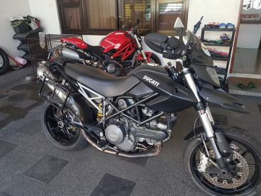 Pre-owned Ducati Hypermotard 796 for sale in