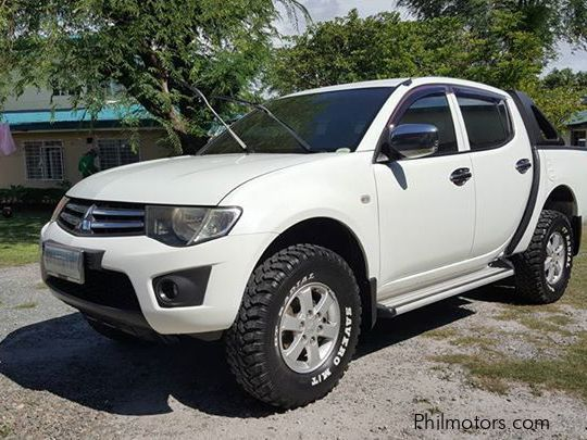 Pre-owned Mitsubishi Strada GLX for sale in Countrywide