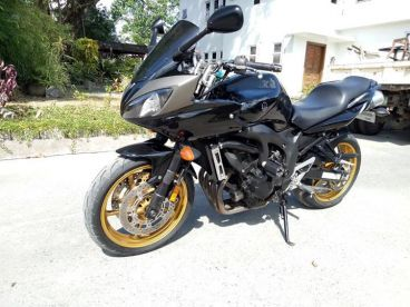 Pre-owned Yamaha FZ6 S2 for sale in