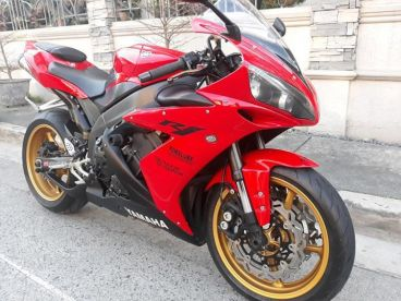 Pre-owned Yamaha YZF R1 for sale in