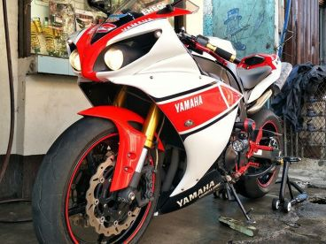 Pre-owned Yamaha YZF-R1 Crossplane for sale in