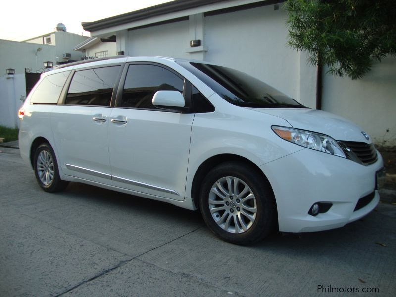 Used Toyota Sienna for sale in Paranaque City