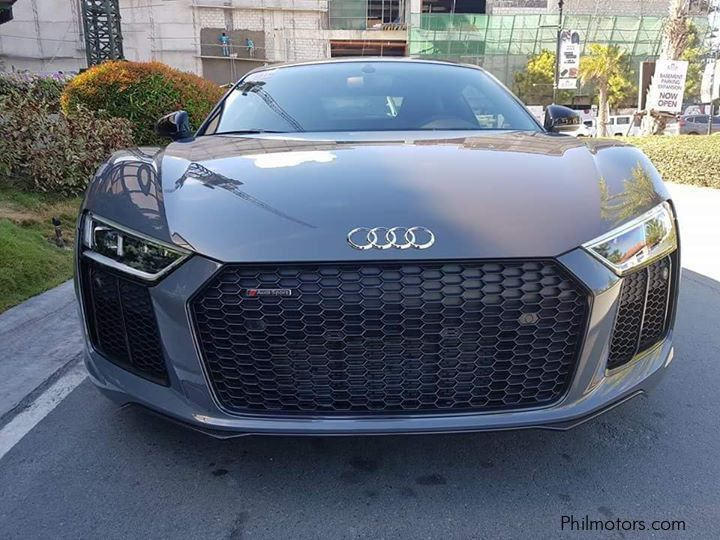 Pre-owned Audi R8 V10 Plus for sale in