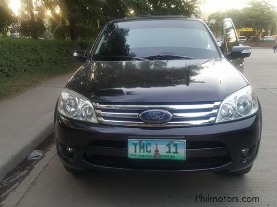 Pre-owned Ford Escape XLS for sale in Countrywide
