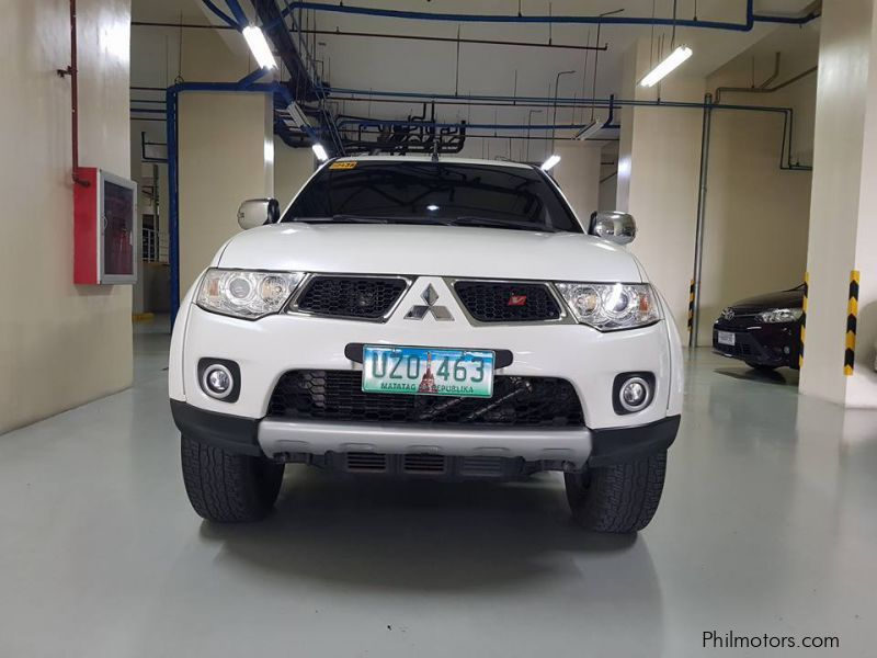 Pre-owned Mitsubishi Montero for sale in Countrywide