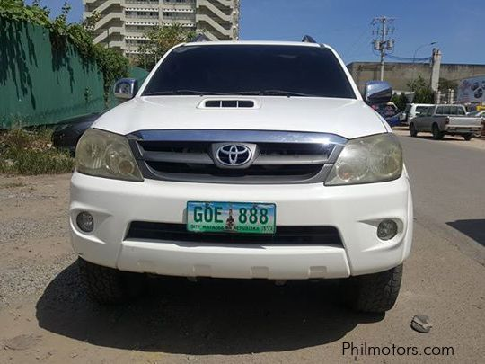 Used Toyota Fortuner V for sale in Quezon City