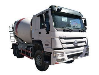 Pre-owned Sinotruk SINOTRUK HOWO 6x4 Mixer for sale in