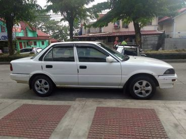 Pre-owned Toyota corolla small body for sale in
