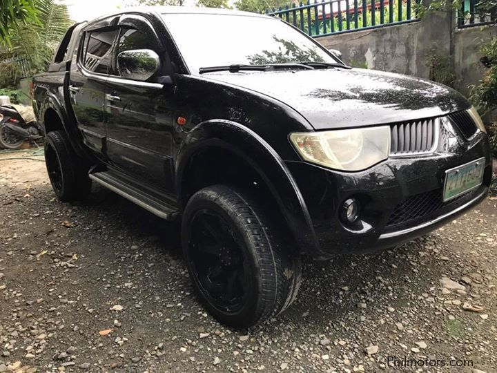 Pre-owned Mitsubishi Strada for sale in Countrywide