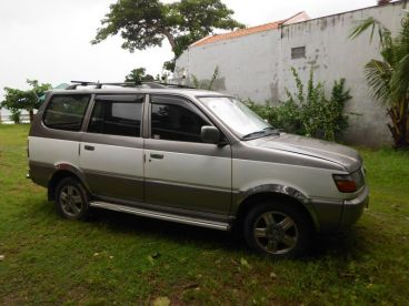 Pre-owned Toyota revo for sale in