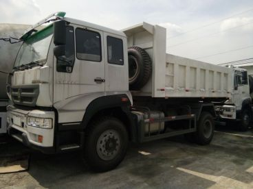 Pre-owned Sinotruk C5B Flat Roof Cab for sale in