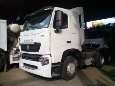 Pre-owned Sinotruk A7-G Cab for sale in
