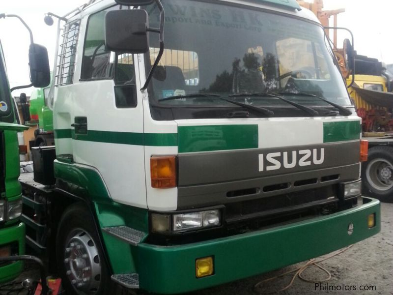 Used Isuzu tractor head, dump truck, wingvan, dropside for sale in Subic Bay