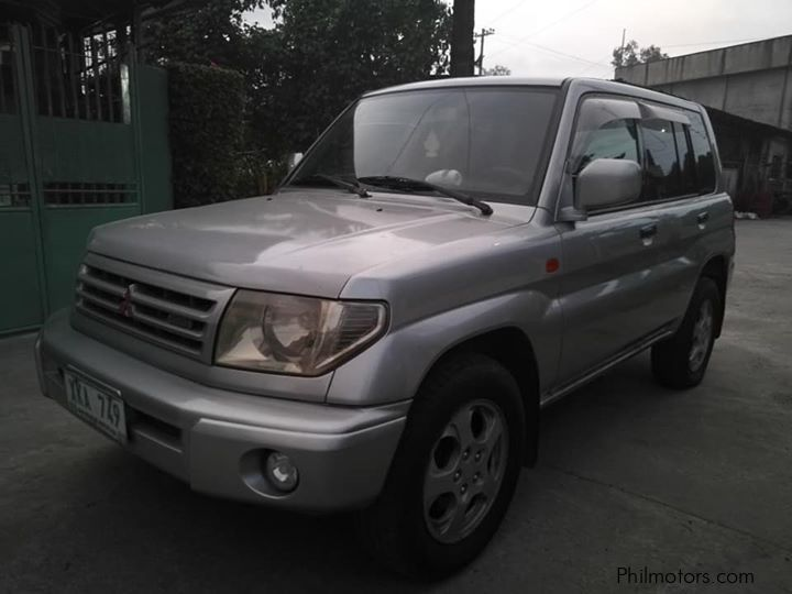 Pre-owned Mitsubishi Pajero iO GDI for sale in