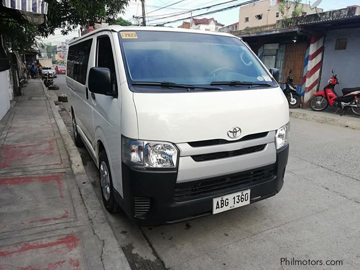 Pre-owned Toyota HiAce Commuter for sale in