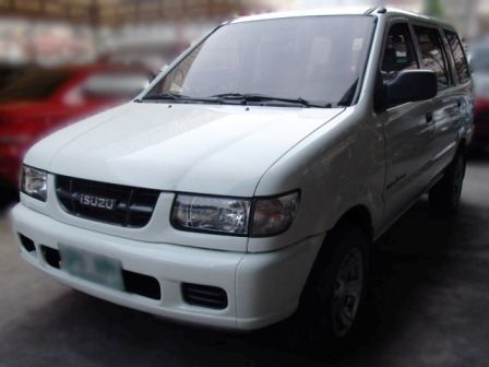Isuzu Crosswind XL in Philippines